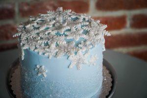 Sweetie Pies Bakery Christmas Snowflake Cake