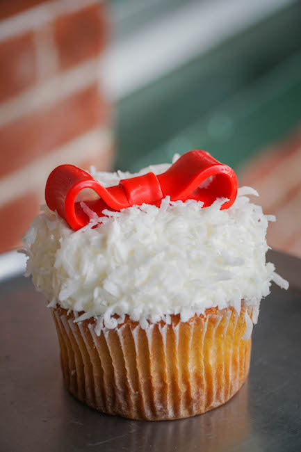 Sweetie Pies Bakery Christmas Cupcake